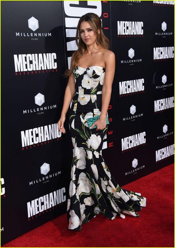 Jessica Alba & Jason Statham Premiere 'Mechanic: Resurrection' | jessica alba jason statham premiere mechanic resurrection 04 - Photo