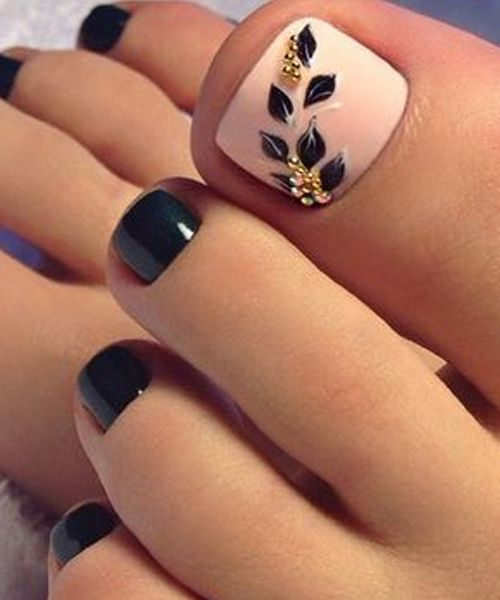 Cutest Toe Nail Art Designs for Beach Vacations