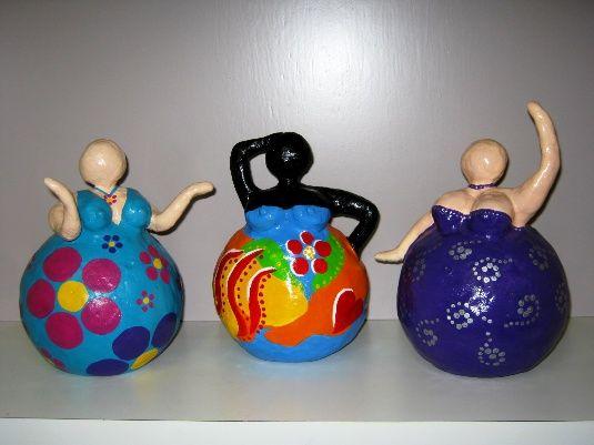ASIIMG_0047.jpg Zelfhardende poppenklei, verven met acryl en aflakken.
