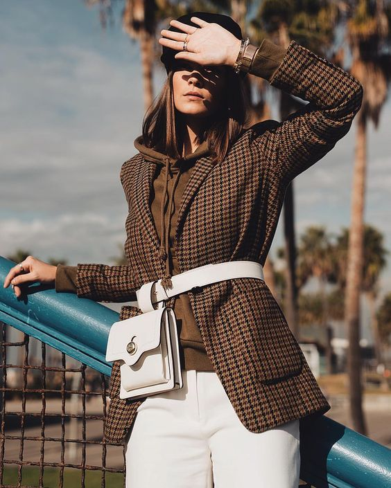 belt bag trend | check blazer street style ideas for fall | fashion carpet blog