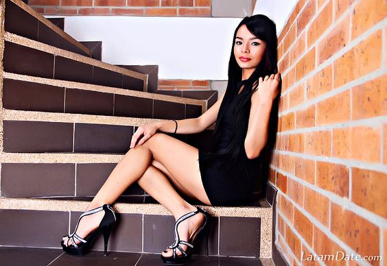 Profile of Monica de , 20 Years Old , From Medellin Colombia : Best Way To Meet South American Women