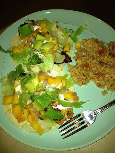 Healthy fish taco recipe for advocare 24 day challenge for Healthy fish tacos