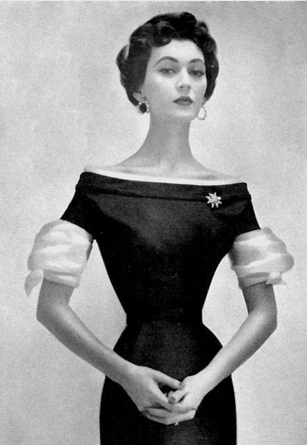 Dovima in an Adele Simpson dress by 50'sfan, via Flickr
