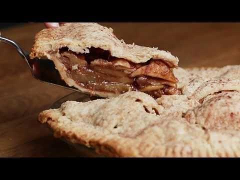 Vegan Apple Pie Youtube In 2020 Vegan Apple Pie No Cook Meals Quick Dessert Recipes
