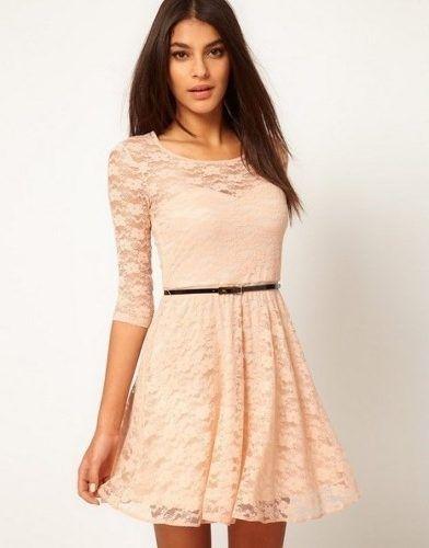 vestido de renda com manga longa lindo