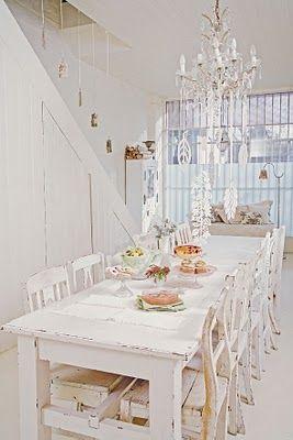 shabby chic white x: Ideas Farmhouse, White Dining Rooms, White Table, Farmhouse Dining Rooms, House Idea, Country Cottage, White Room