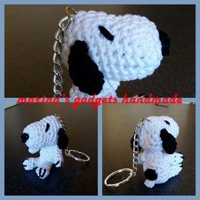 portachiavi amigurumi Snoopy  uncinetto e cotone, schema trovato su www.bethsco.com
