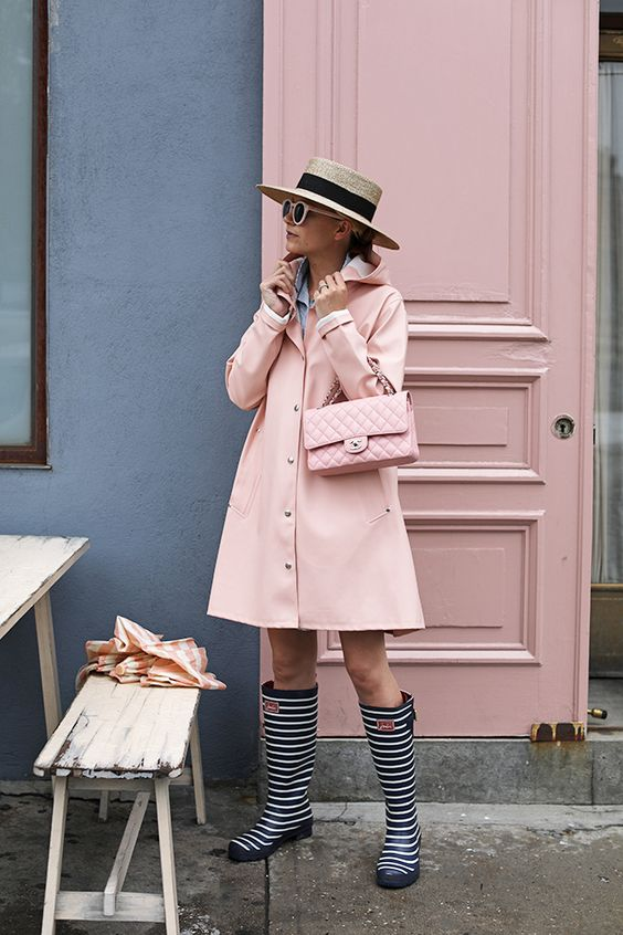 pink rain outfit ideas