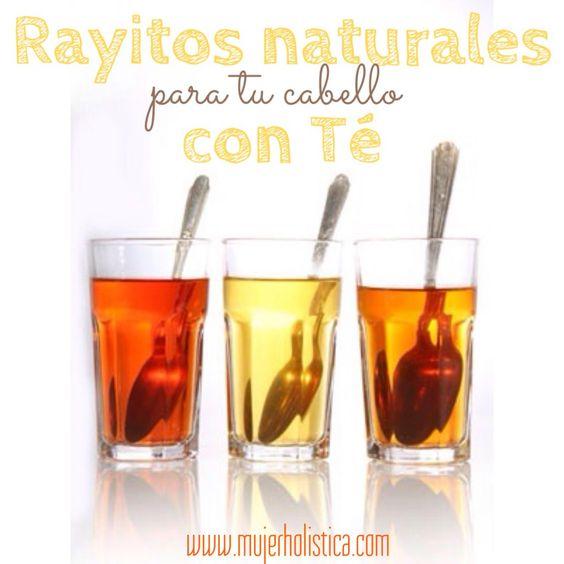 Te sugerimos usar infusiones de té de hierbas para realzar con luces naturales tus cabelleros. Este tip es ideal para el verano o en un día soleado pues e