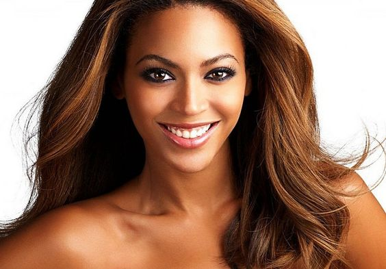 Beyoncé's secret nose job, surely not?  Here's what the experts say…
