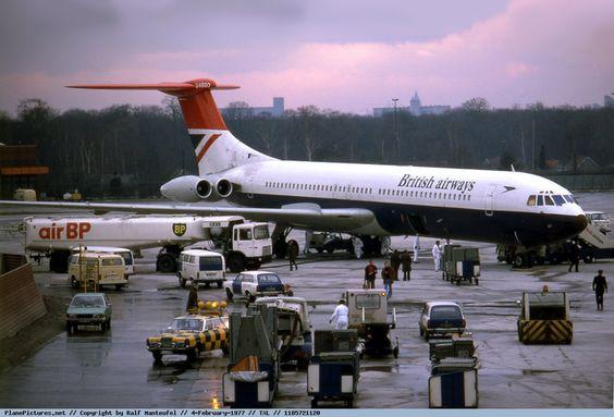 Photo British Airways Vickers Super VC-10 G-ASGD
