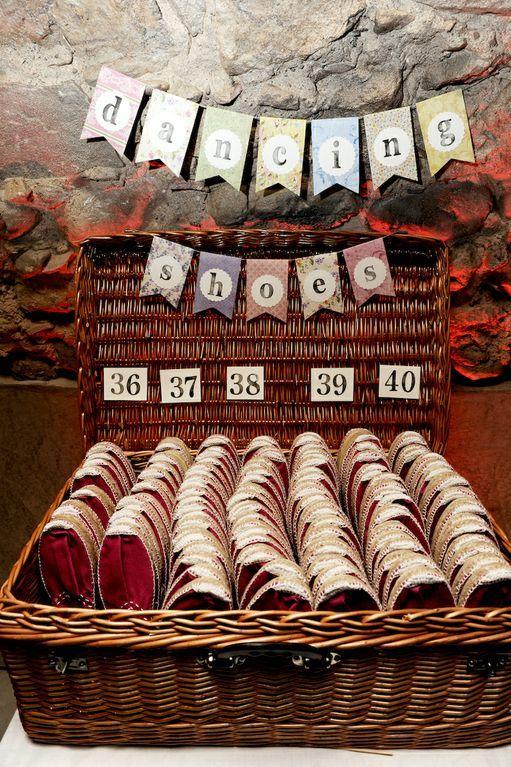 Un 12 de mayo mágico en el Empordà - Nuestra Boda #12M   Fuxia Atelier