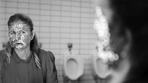 """Y acabamos la Sección Oficial de Cortometrajes del FESTIVAL INTERNACIONAL DE CINE IBAFF con nada menos que 8 obras de lo más dispares. A destacar """"Tres corderos"""" de David Pantaleón, """"Fils du loup"""" de Lola Quivorón, """"20 desenhos e um abraço"""" de José Miguel Ribeiro o los interesantes trabajos de Alejandro Cerón (Hypermarket) o Luis Miñarro (Escudella).  Por Rafael S. Casademont"""