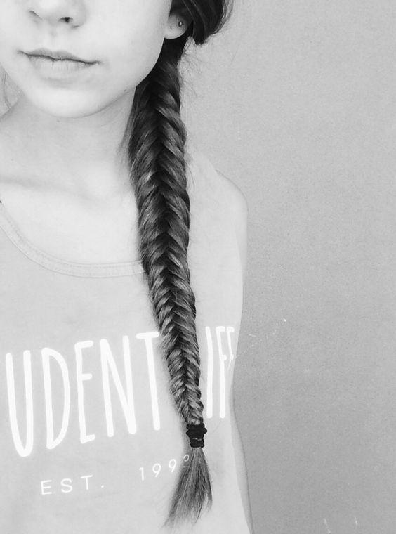 Long fish tail <3