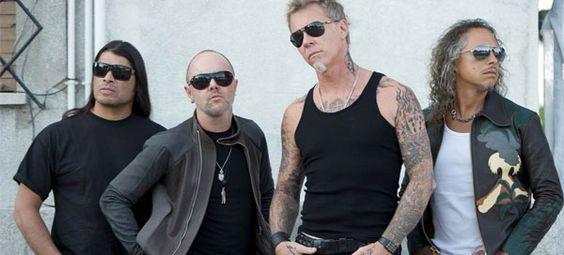 A Vans e os Metallica apresentam a colaboração Vans x Metallica para a coleção Primavera-Verão 2013. Esta parceria transita para 2013 após a edição limitada Vans x Metallica x Steve Caballero que celebrou o 20º aniversário do Half Cab, modelo desenhado por esta lenda do skate.