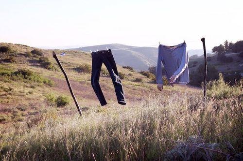 تفسير غسل الملابس في الحلم رؤية غسيل الثياب في المنام Surreal Photos Photographer Surrealism Photography