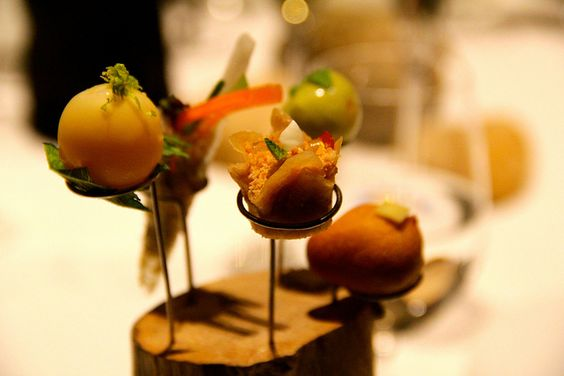 Cena a cuatro manos con Gastón Acurio (Dos Soles Repsol) en Celler de Can Roca (Tres Soles Repsol) by Guía_Repsol, via Flickr