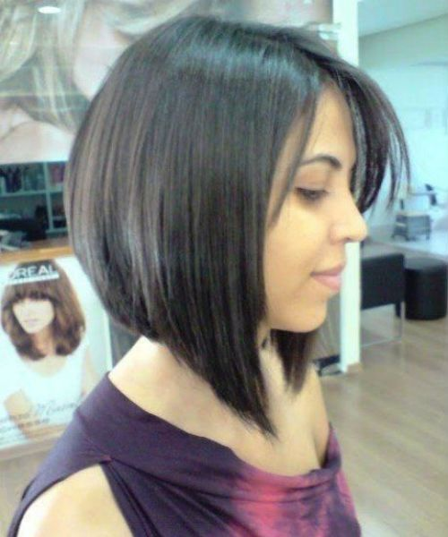 27 Of The Devastating A Line Bob Hairstyles 2019 For Round Faces Hair And Comb Angled Bob Hairstyles Bob Hairstyles Latest Bob Hairstyles