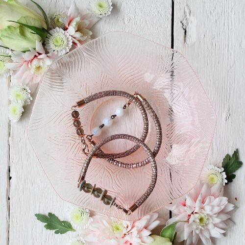 Make this beautiful rose gold leather bracelet using beads and sequins for decoration.