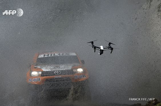 ARGENTINA, – : Toyota's driver Ronan Chabot of France and  co-driver Gilles Pillot compete during the 11km Prologue of the 2016  Dakar Rally, in the province of Buenos Aires, on January 2, 2016. The  Dakar Rally, which officially starts on January 3, will see participants  race across Argentina and Bolivia in a two-week test of endurance.    AFP PHOTO / FRANCK FIFE