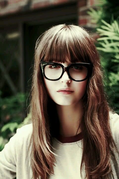 Why don't I look like this when I have bangs?