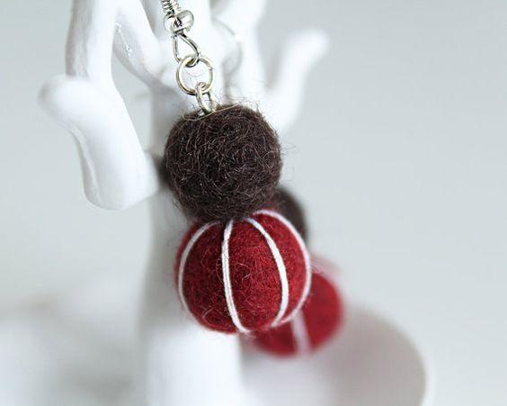 Felt Balls Earrings Red Brown White Bead Brass von TraLaLand, €10.00