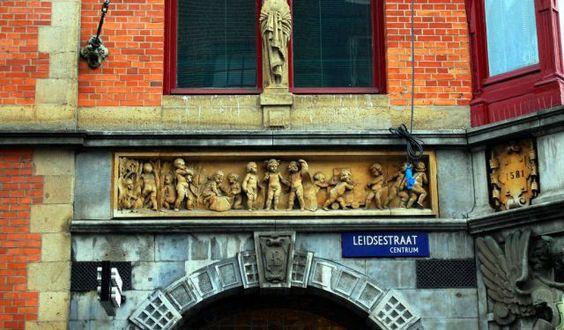 Kalverstraat and Leidsestraat Shopping