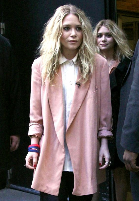 TWO WAYS: MARY-KATE + ASHLEY | PINK OUTERWEAR