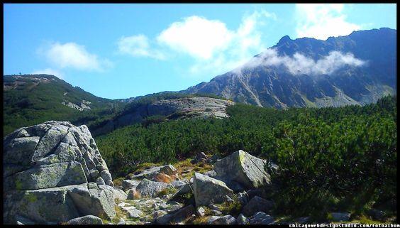 w Dolinie Pięciu Stawów w Tatrach / Polskie góry / Poland / Mountains #Tatry #Tatra-Mountain #Góry #szlaki-górskie #piesze-wędrówki-po-górach #szczyty-górskie #Polska #Poland #Polskie-góry #Szpiglasowy-Wierch #Szpiglasowa-Przełęcz #Zakopane #Tatry-Wysokie #Polish Mountains #Morskie Oko #Czarny-Staw #na -szlaku-z-Doliny-Pięciu-Stawów-poprzez-Szpigla sową-Przełęcz-i-Szpiglasowy-Wierch-do-Morskiego-Oka #turystyka górska