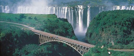 Il Vettore Olandese Klm Ha Lanciato Il 15 Maggio Voli Per Lusaka Capitale Dello Zambia Da Amsterd Victoria Falls Zimbabwe Victoria Falls Zambia Victoria Falls