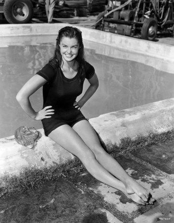 Million Dollar Mermaid: Esther Williams: