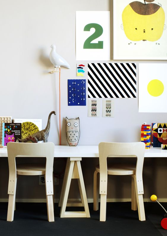 small trestle legs #diy // my scandinavian home: Kid Space, For Kids, Kids Bedroom, Kidsroom, Work Spaces, Scandinavian Deko, Kids Workspace, Kids Rooms