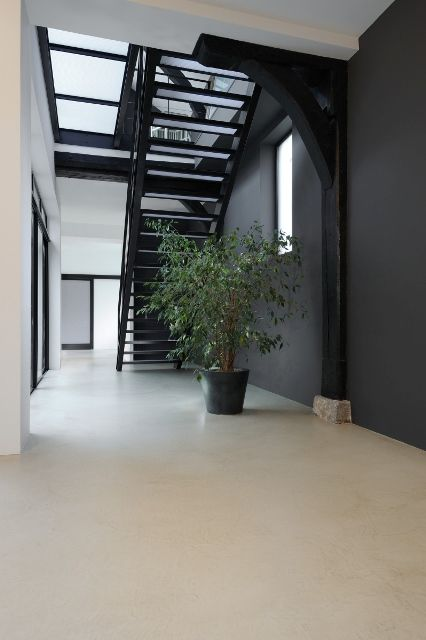 Interieur d coration and sol en b ton on pinterest for Beton sol interieur