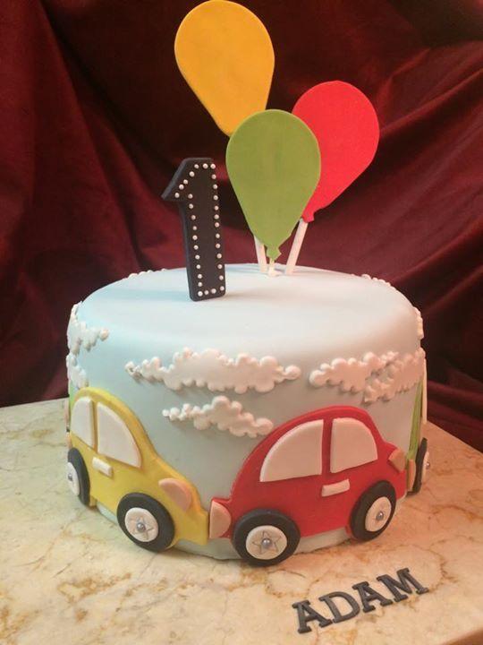Baby birthday cake car