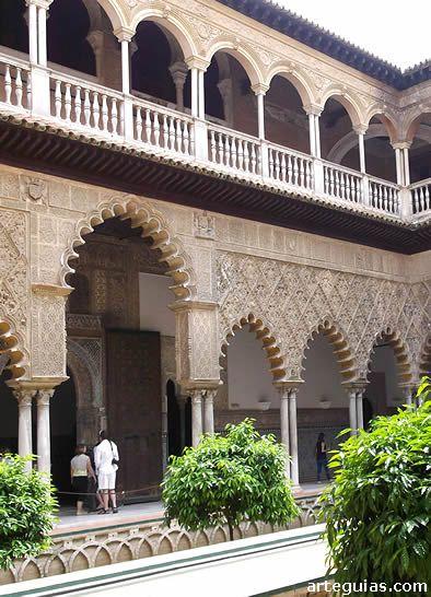 Reales Alcázares de Sevilla: Patio de las Doncellas