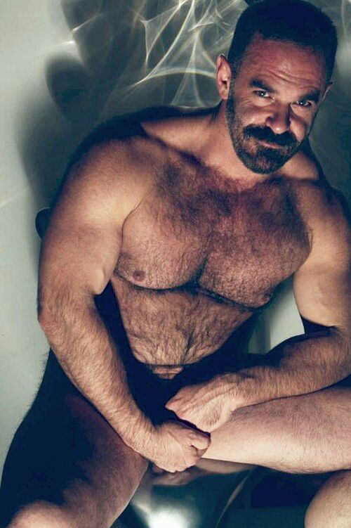 barebearx:  hairygingerman:  The hot beast  ~~~~PLEASE FOLLOW ME ** ~ ♂♂ OVER 17,000 FOLLOWERS~~~~~~ http://barebearx.tumblr.com/ **for HAIRY men & SEXY men** http://manpiss.tumblr.com/ **for MANPISS FUN **                   ~~~~~~~~~~~~~~~~~~~~~~~~~~~~~~~~~~