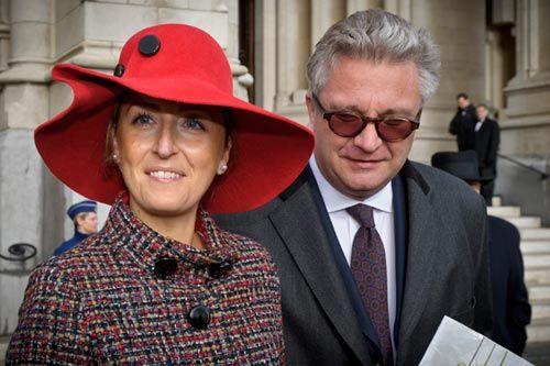 La princesa Claire media entre el rey Alberto y el príncipe Laurent de los belgas #royals #royalty