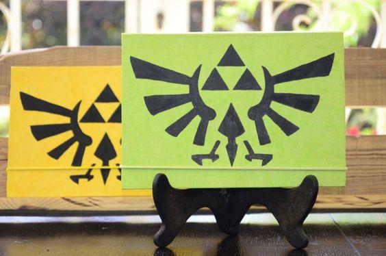 ZELDA - Cuaderno o diario Verde Lamali Pintado Zelda - A5 - 160 páginas de papel reciclado con cierre de goma