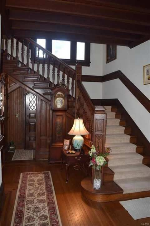 C 1900 Tudor Revival Easton Pa 575 000 Old House