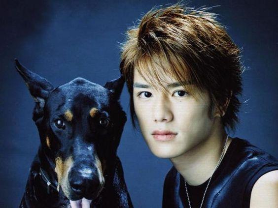 かっこいい犬とかっこいい滝沢秀明