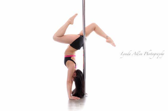 Handstand leg variation ~ Christina of AVA Fitness, New Westminster, BC, Canada. #poleographybylynda #polefit #polefitness #poledance #polelove #poleart #polelife #poleography #handstand
