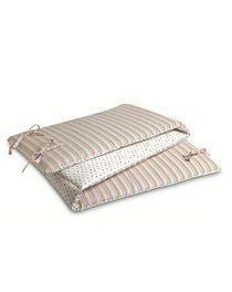 Proteção para cama acolchoado caracterizado por um lado verde e o outro cor-d...