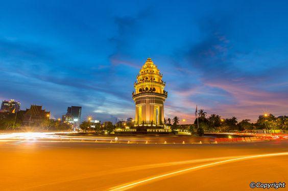 Tượng đài độc lập Phnom Penh