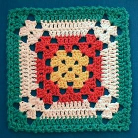 Even though it's called Diane's Dishcloth (designed by Diane Yupatoff,1999), I think it's a wonderful  square for making a blanket. Love the colour changes,: