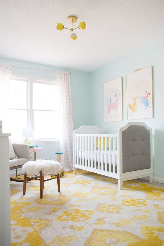 yellow nursery decor ideas for a neutral gender room #yellow #white #gray #bedroom #kids #nursery #home #interiordesign #decor #decorideas
