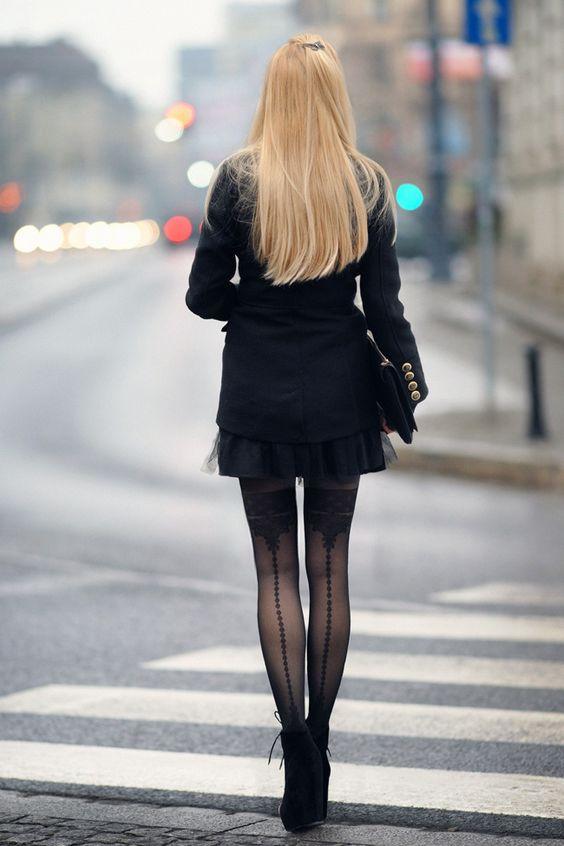 All Black Street Style #tights #pantyhose #stocking - LEGWEAR HEAVEN