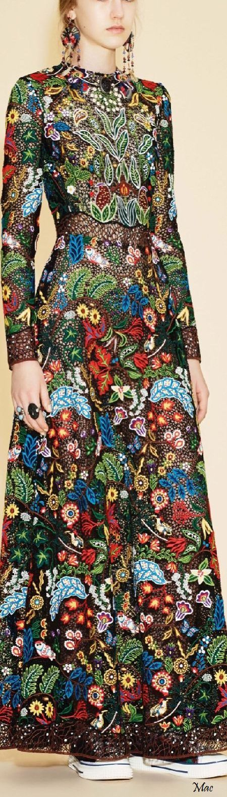 @geralkeysFall/Winter 2016 | Vestido Valentino, alta costura. www.facebook.com/... #vestidos #dress #valentino