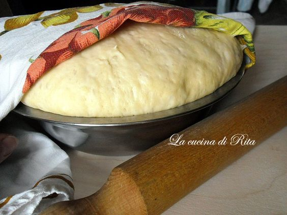 Impasto base per brioche salate e panini al latte