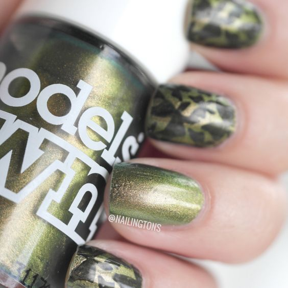www.nailingtons.com #nails #nailart #greennails #modelsown #butterflynails