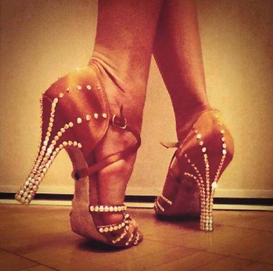 good stoning design for latin sandals